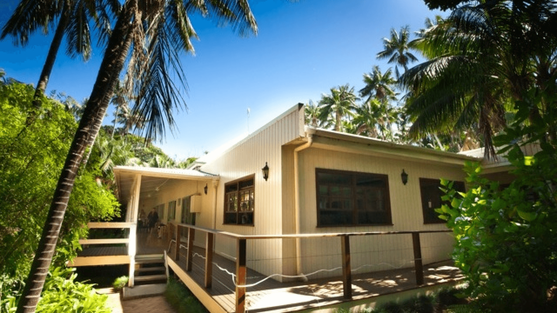 Beachcomber Lodge